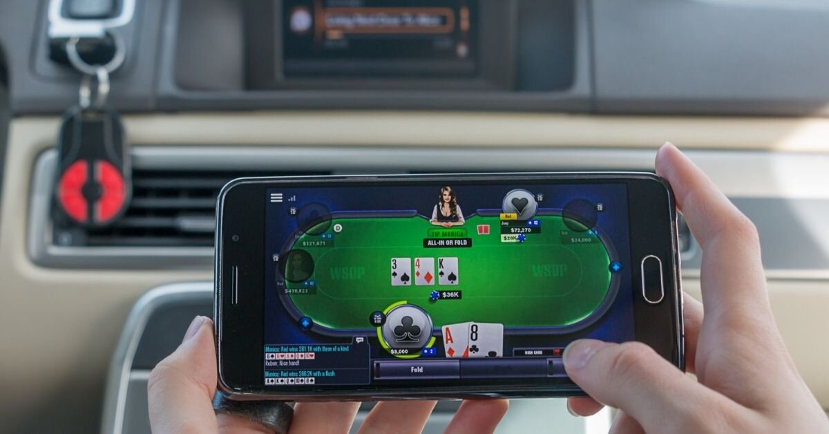 Playing-Mobile-Casino-Games-Ebestmobile.in